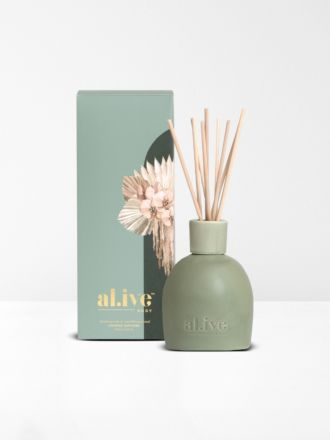 Blackcurrant & Caribbean Wood Diffuser by Al.ive