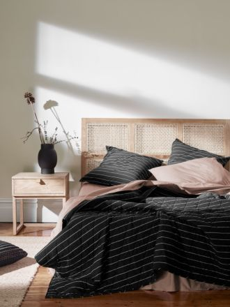 French Stripe Organic Cotton Bed Cover - Black