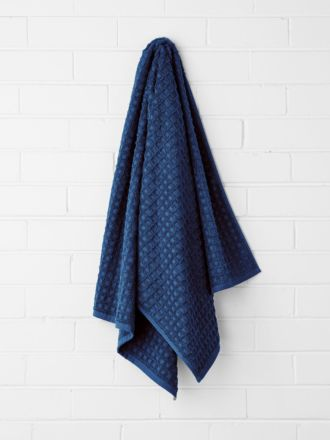 Waffle Bath Sheet - Bijou Blue
