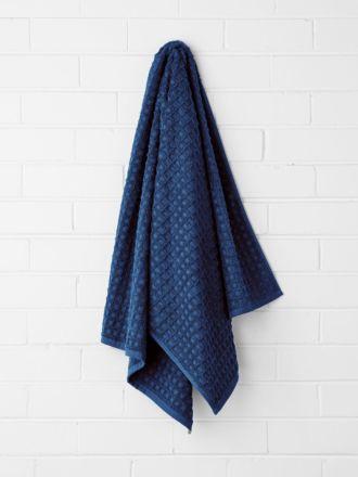 Waffle Bath Towel - Bijou Blue