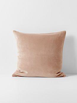 Luxury Velvet Cushion - Rosewater