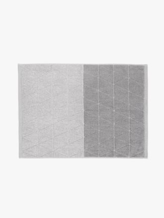 Chambray Diamond Bath Mat - Cloud Grey
