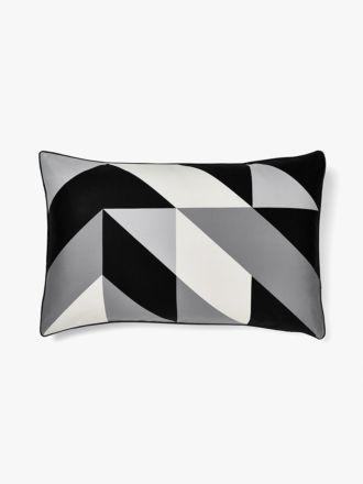 Cinq Standard Pillowcase - Monochrome