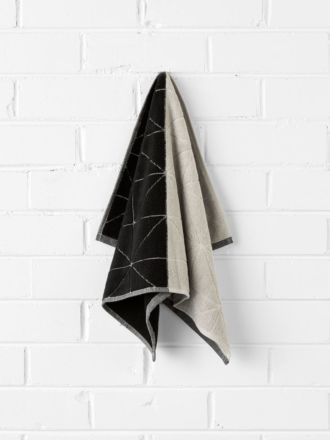 Duet Hand Towel - Black/Natural