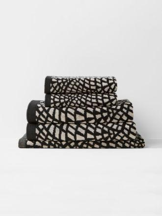 Finca Bath Towel Set - Black
