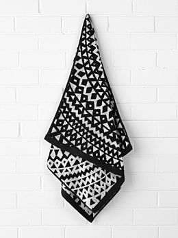 Inca Bath Towel - Black